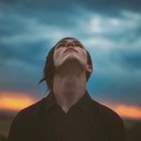 ¿Por qué Dios guarda silencio?